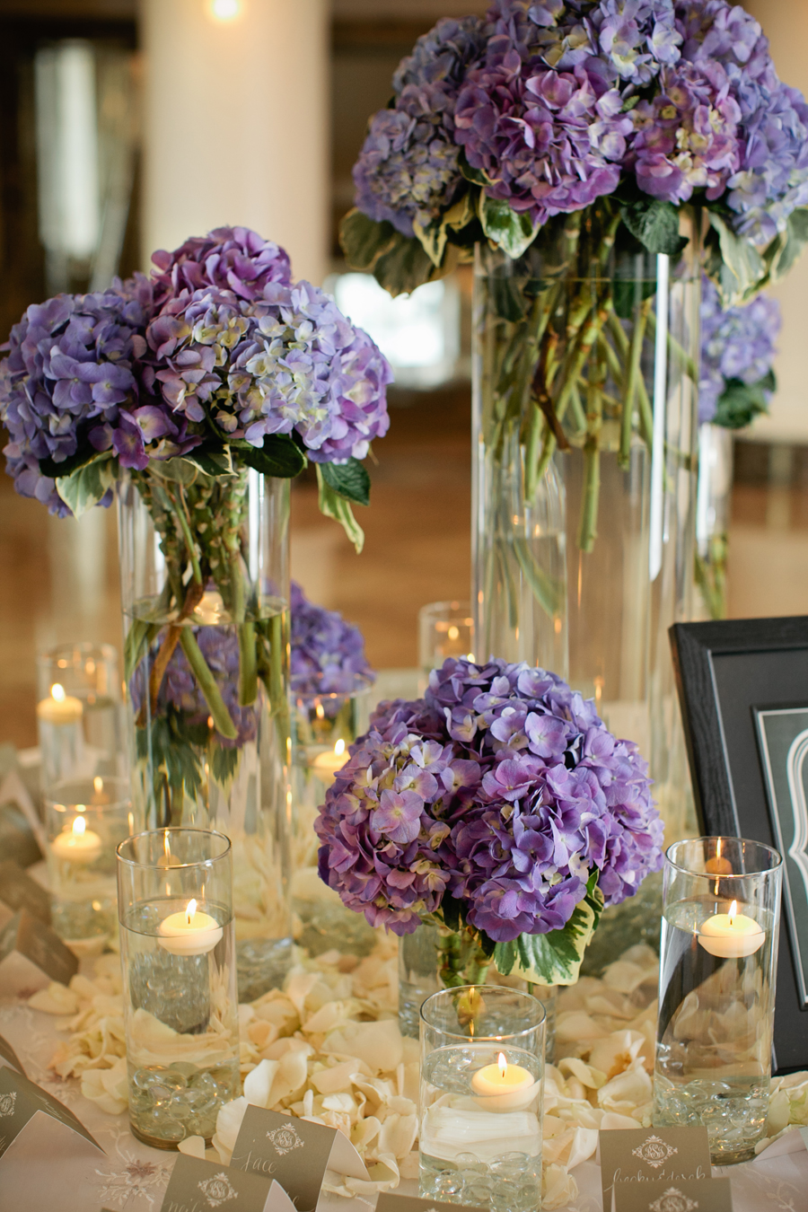 Blue-and-Purple-Hydrangeas-on-Reception-Entry-Table